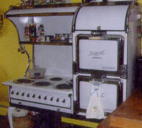 Hotpoint Automatic Electric stove with double ovens 1925