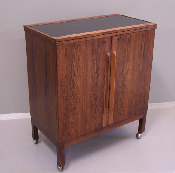 1960s Modern rosewood bar cabinet by Bruksbo Mellemstrands