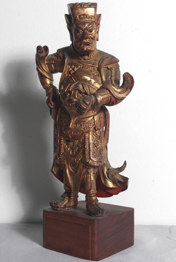 Northern Quin Chinese 18thc carved wood guardian figure