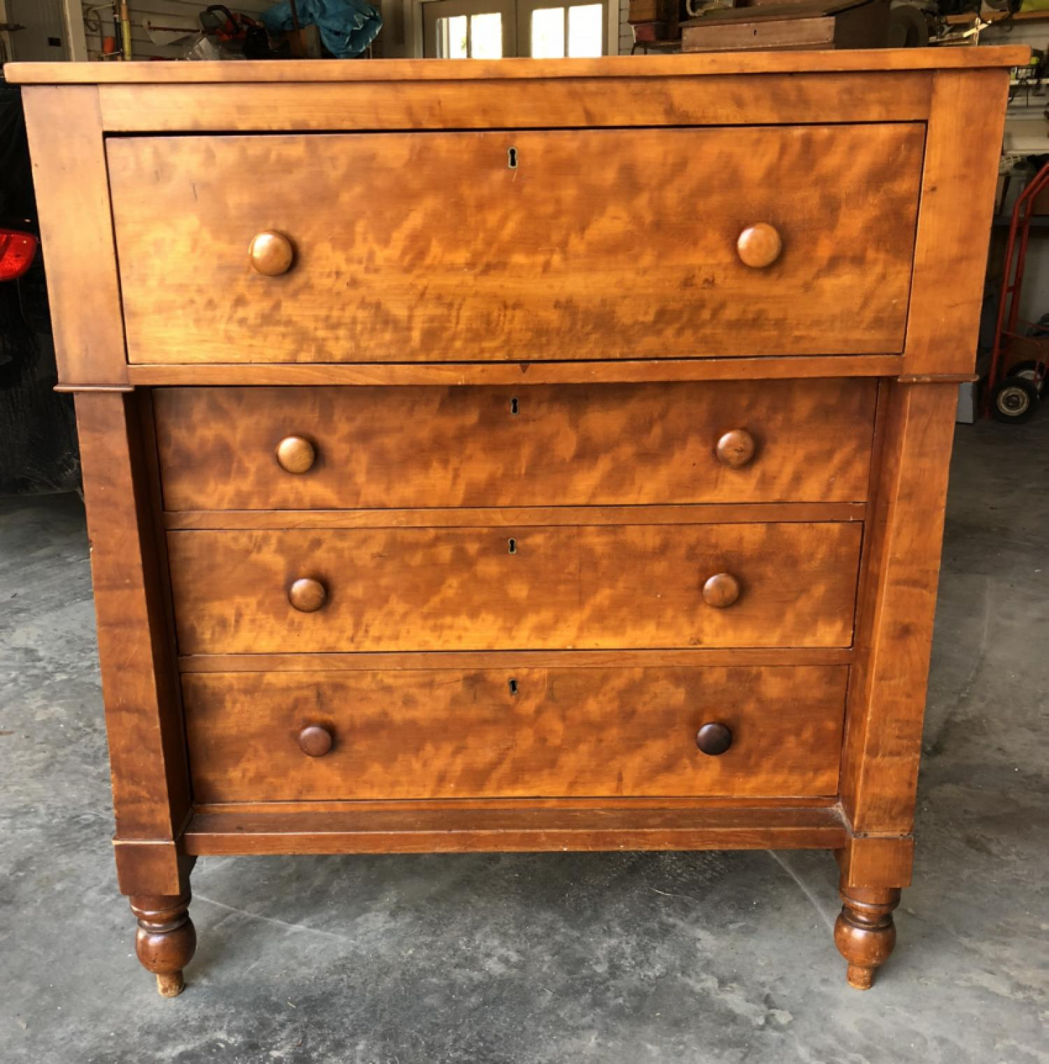 Southern cherry chest of drawers c1830-40