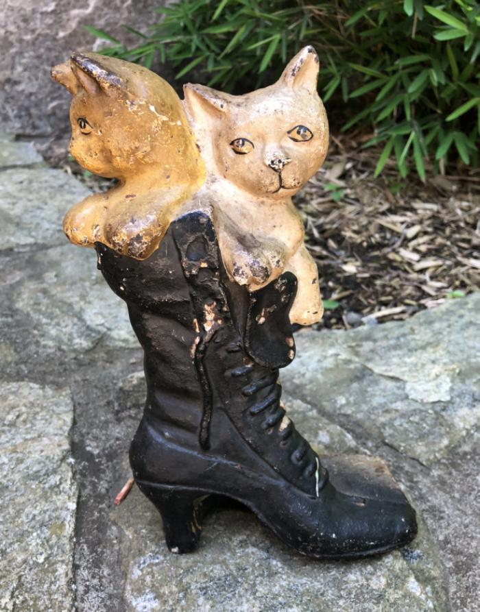 Kittens in a Shoe iron door stop c1890