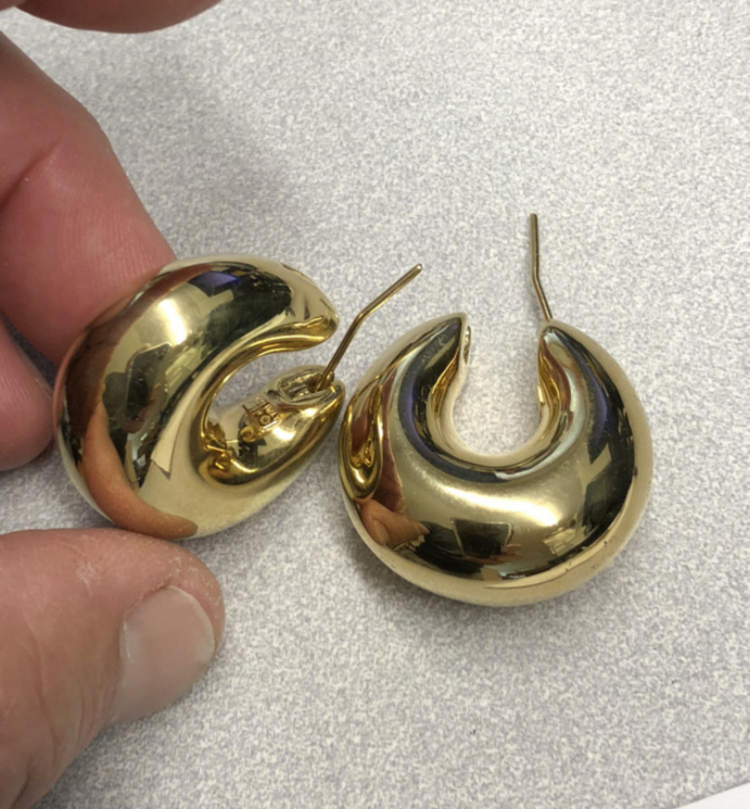 18k Italian gold crescent hoop earrings