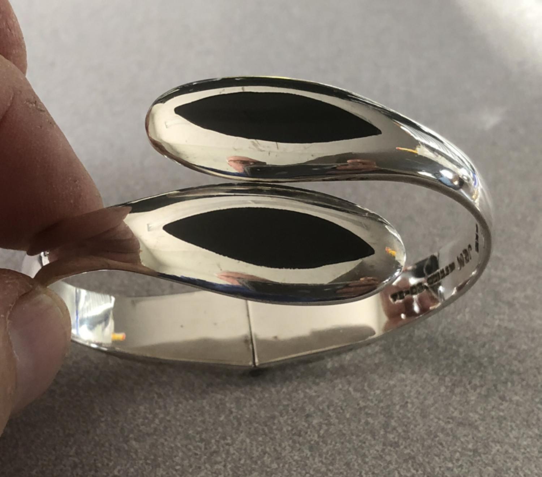 J M Mexico sterling and black onyx bracelet