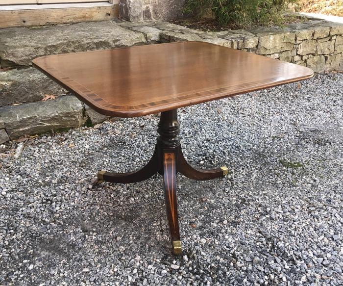 English Regency style mahogany pedestal table