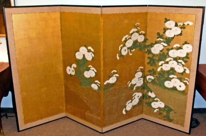 Japanese Meiji Period Chrysanthemum Screen