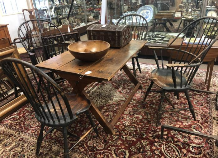 Four D R Dimes Windsor chairs in black paint