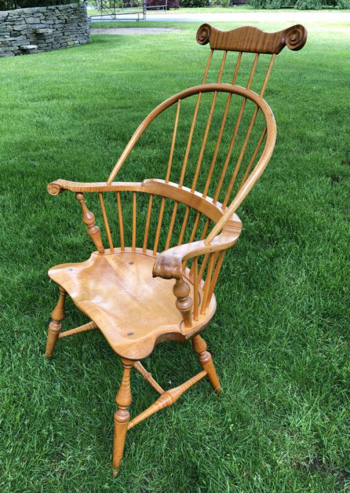 Bench made tiger maple comb back knuckle arm Windsor chair