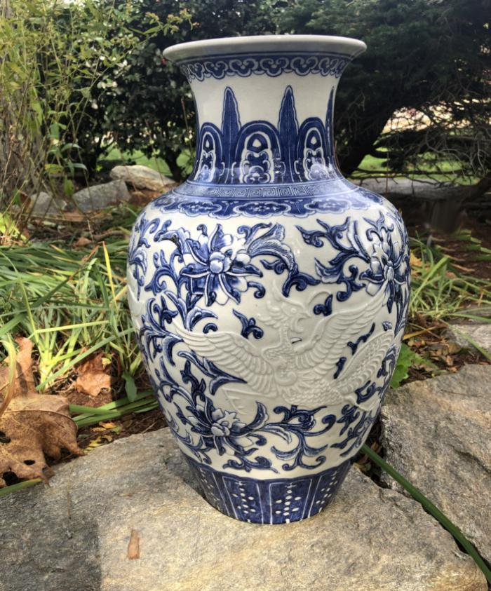 Chinese export tall vase with foo dog and bird