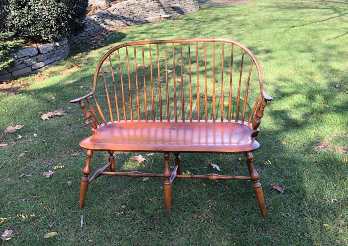 Vintage D R Dimes New England Windsor settee