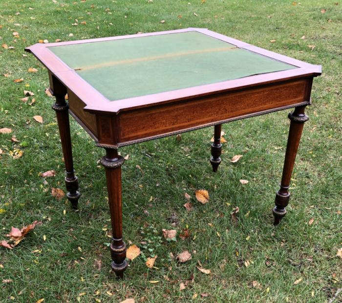 Paul Sormani Louis XVI style mahogany card table