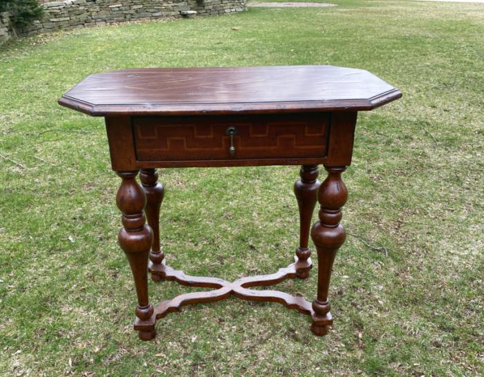 Italian Renaissance style stand in mahogany and fruitwood