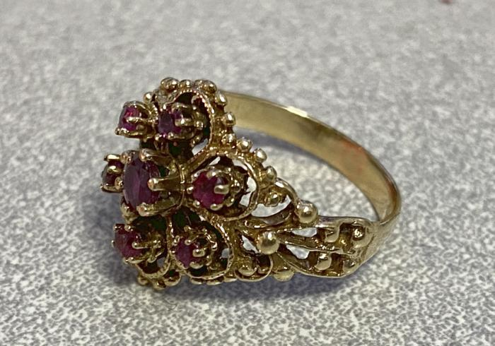 14k gold and garnet ring c1900