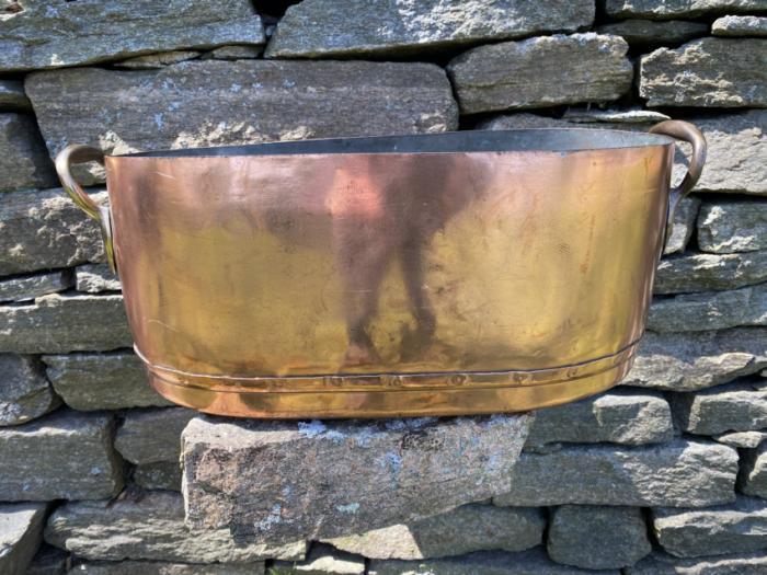 Large antique copper oval pot c1900