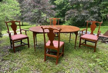 Image of Eldred Wheeler dining table and four chairs in cherry
