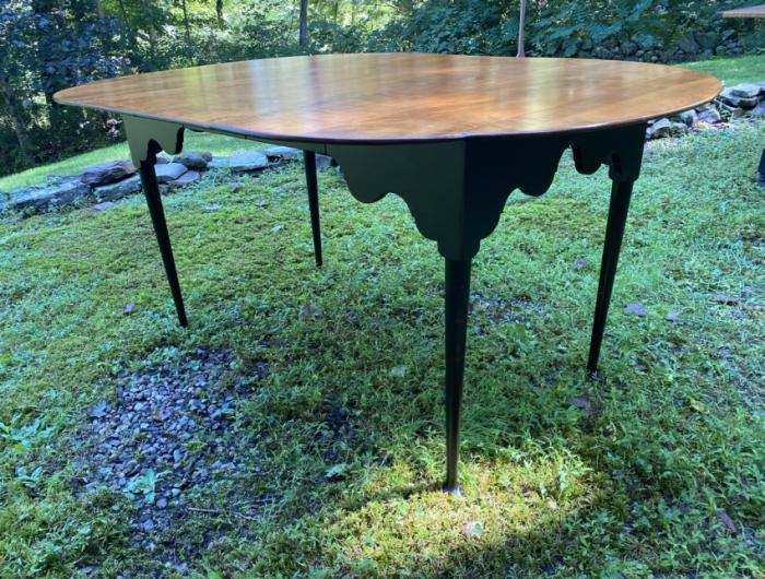 D R Dimes tiger maple and black table with 2 leaves