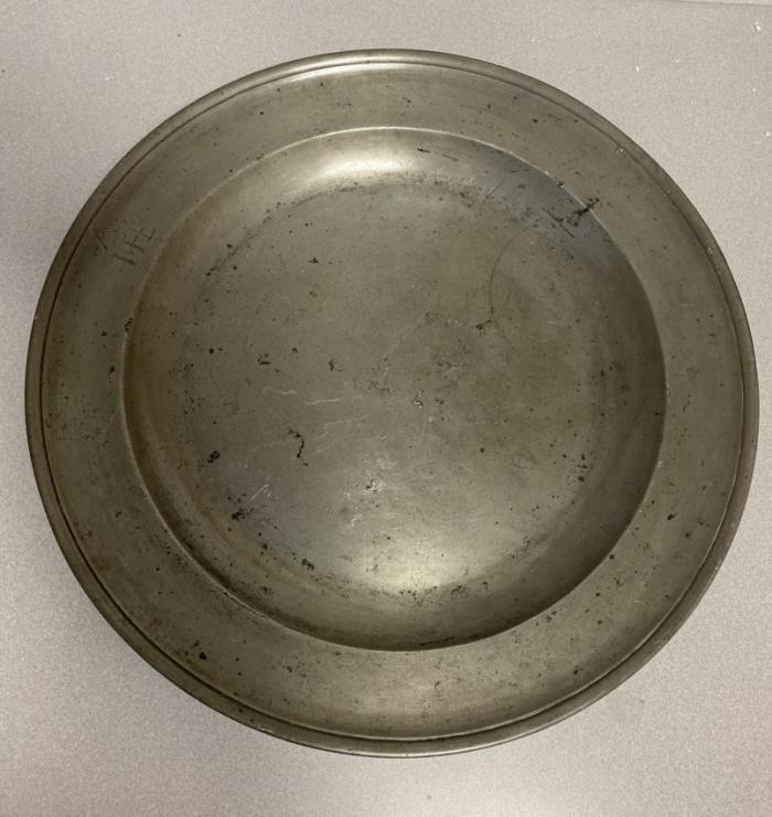 Thomas Griffin pewter charger c1760