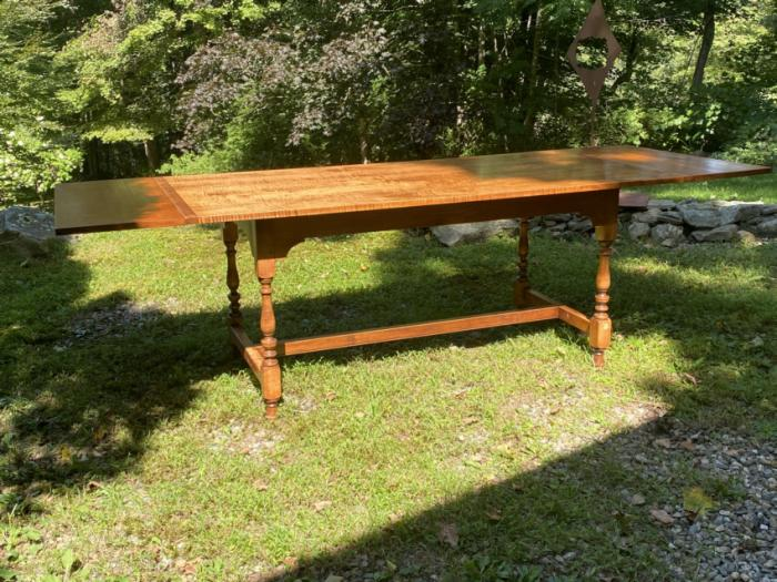 D R Dimes tiger maple harvest table with 2 leaves