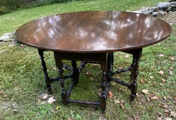 Image of Wallace Nutting double gate leg table