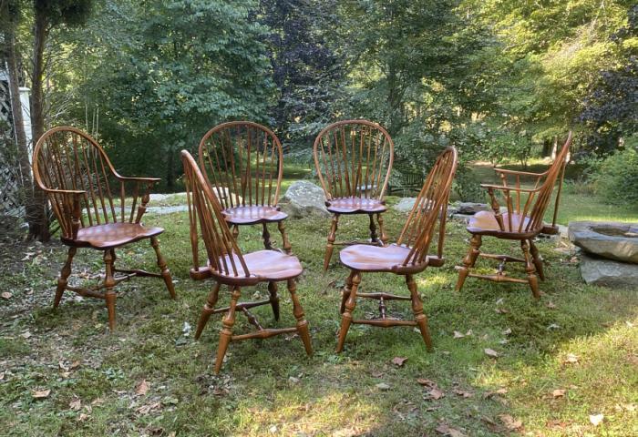 D R Dimes brace back Windsor chairs