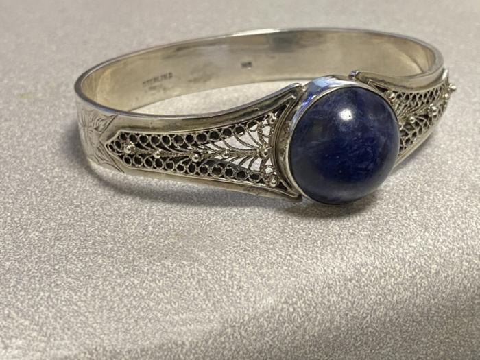 Vintage sterling silver and lapis bracelet