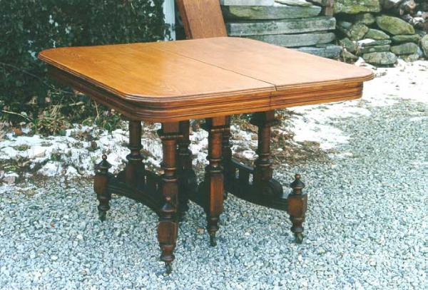 Price my item value of victorian furniture eastlake oak for Furniture valuation guides