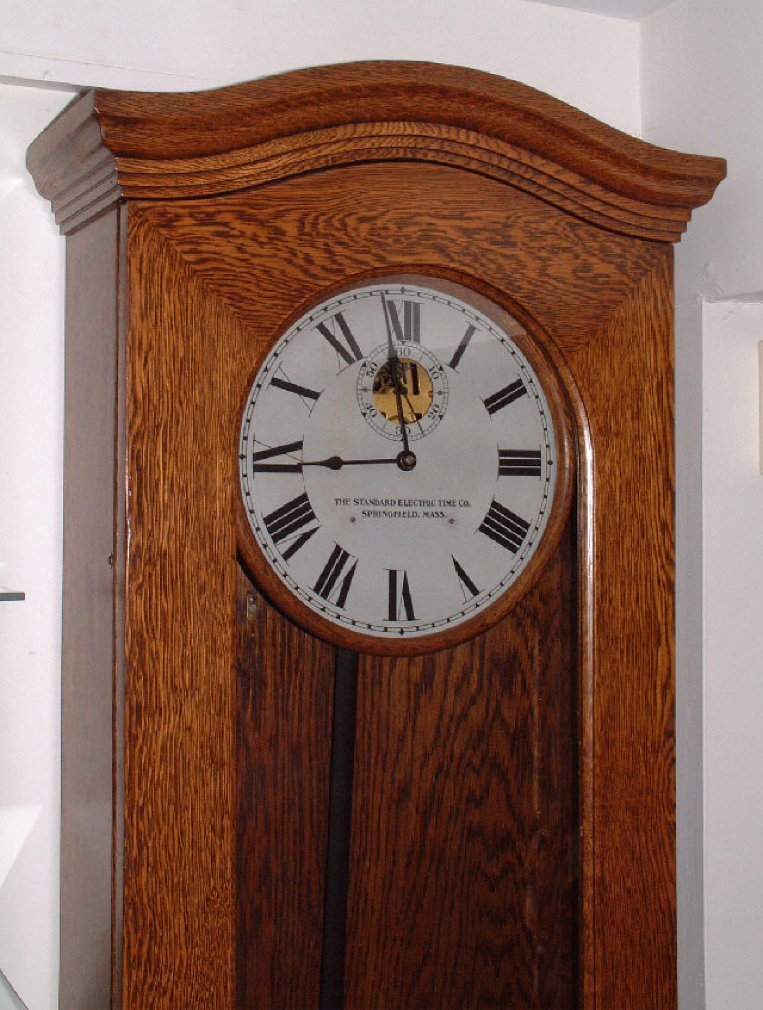 Antique Standard Electric regulator clock