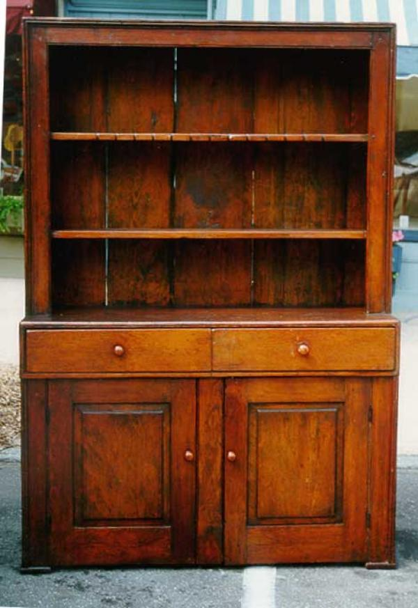 The best antiques price guide value your antiques for Furniture valuation guides
