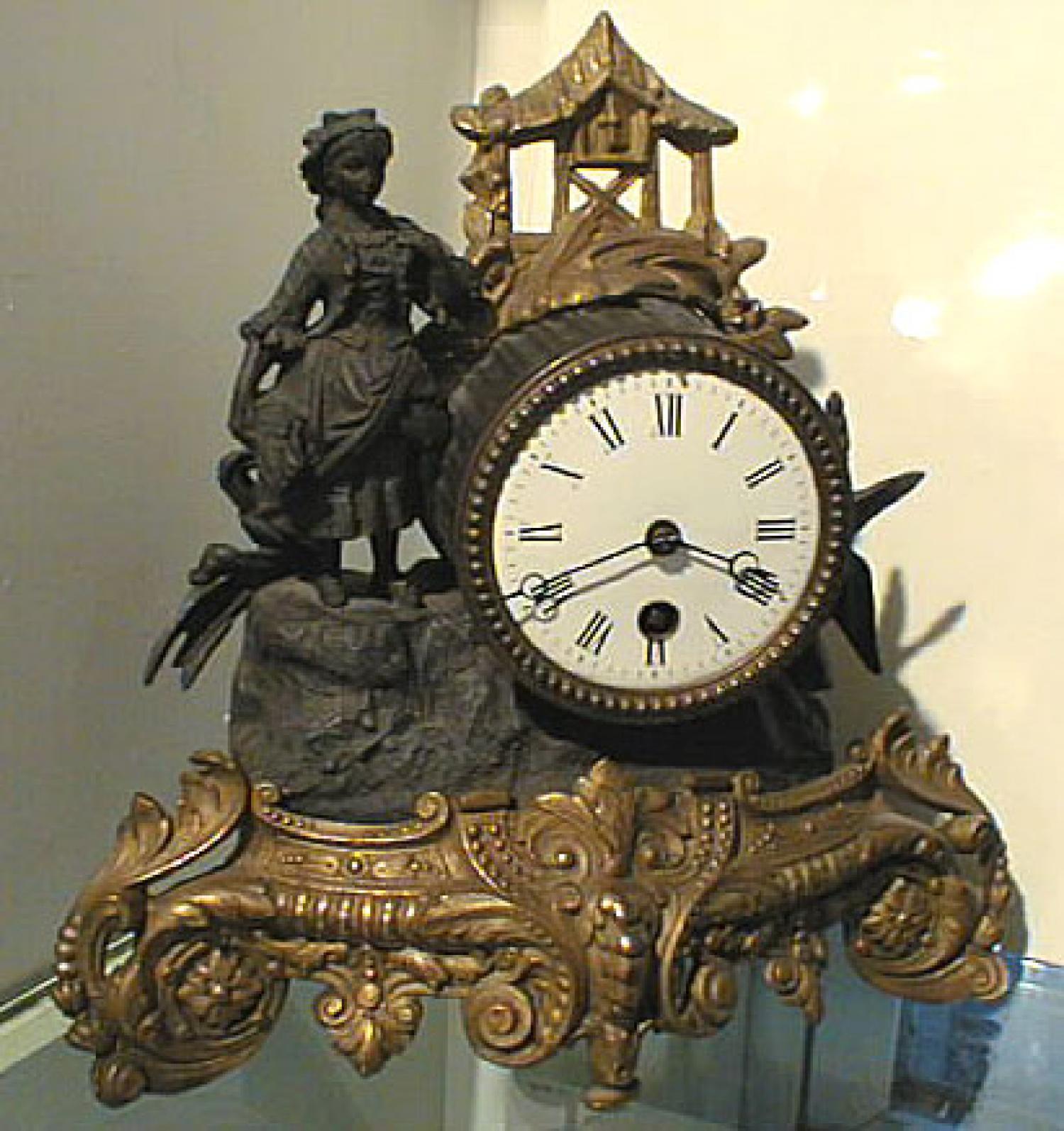 Antique Victorian brass Iron mantle clock