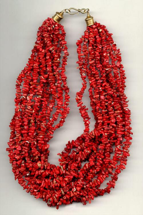 Vintage Native American Indian Coral necklace