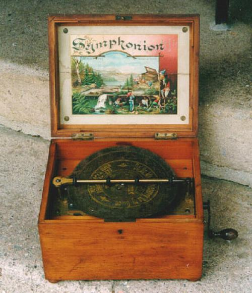 Antique Victorian Symphonion disc music box