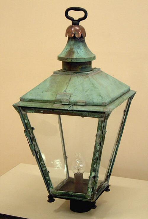 price my item value of w parkinson co antique lamp post lantern. Black Bedroom Furniture Sets. Home Design Ideas