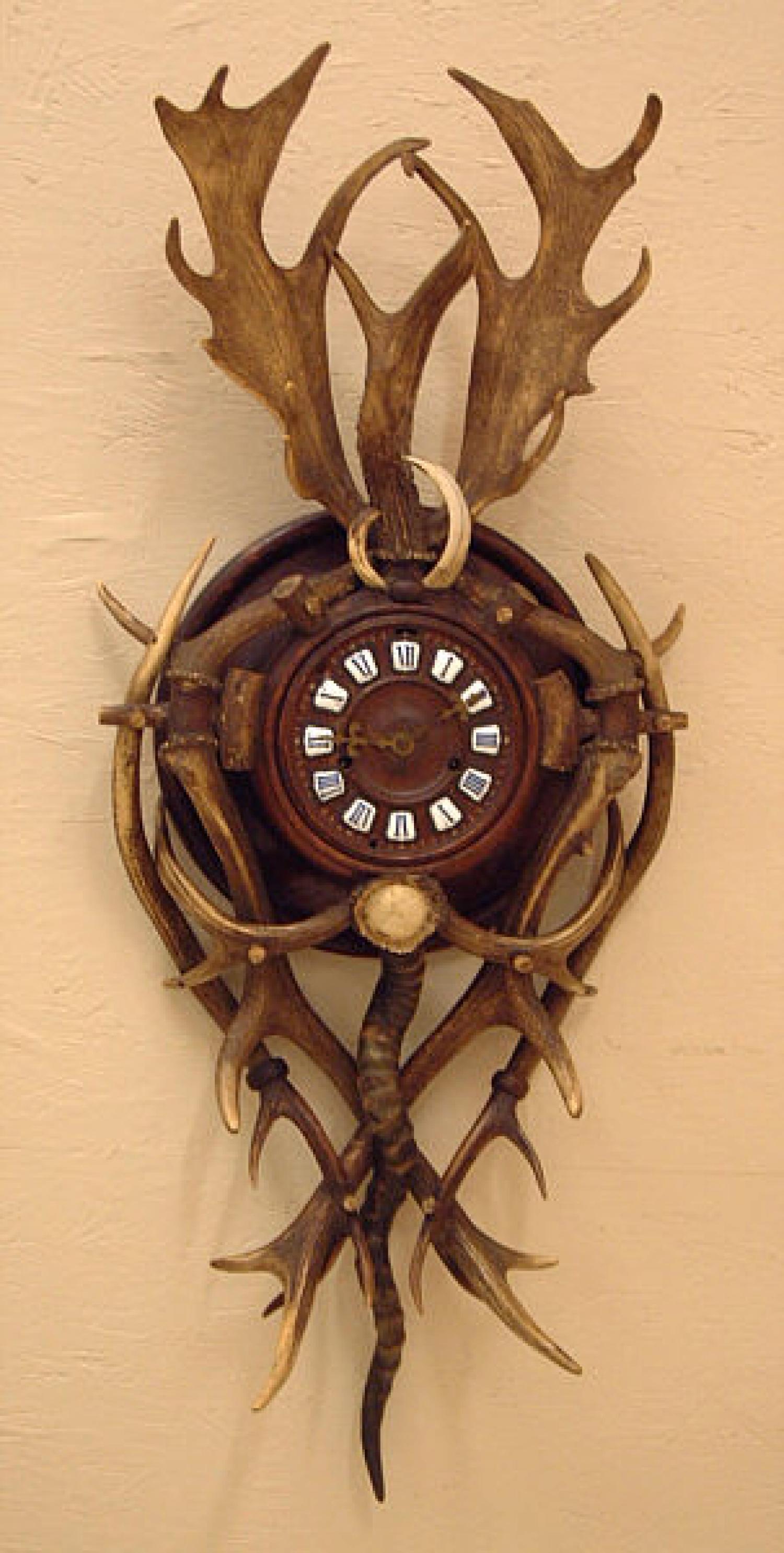 Antique Horn Antler Oak Wall Clock