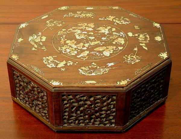 Price my item value of antique annamese jewelry box with for Antique jewelry worth money