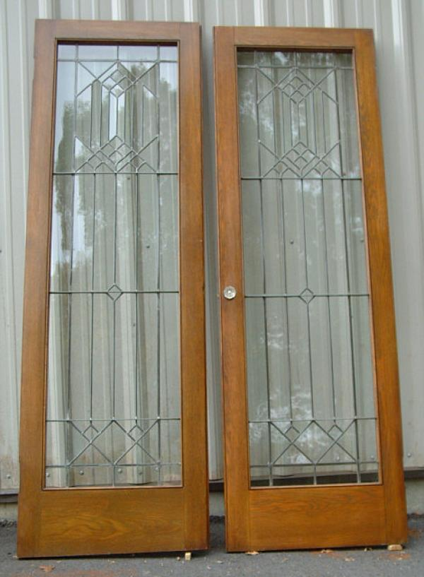 Price my item value of pair of arts and crafts leaded for Window r value