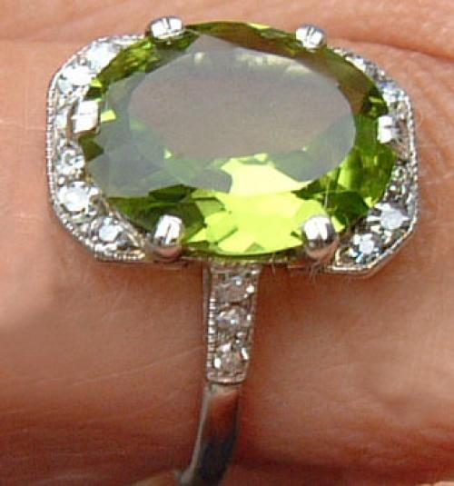 Estate Platinum Peridot diamond ring c1920