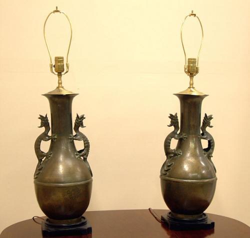 price my item value of antique bronze oriental dragon lamps. Black Bedroom Furniture Sets. Home Design Ideas