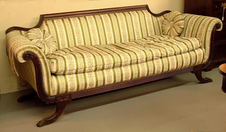Duncan Phyfe style mahogany sofa c1910 to 1930