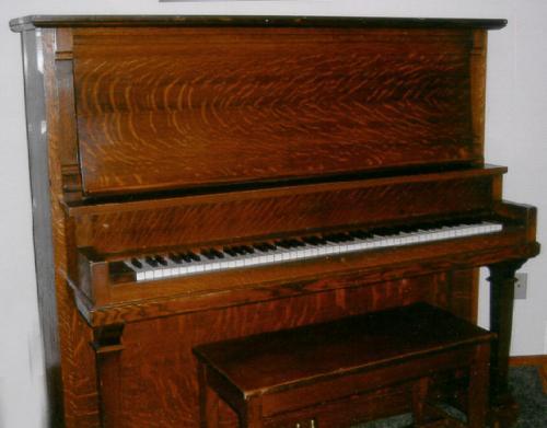 Oak Piano Schiller-Cable Piano Company of Oregon
