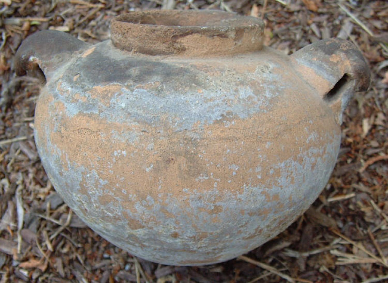 Pre Columbian pottery storage vessel