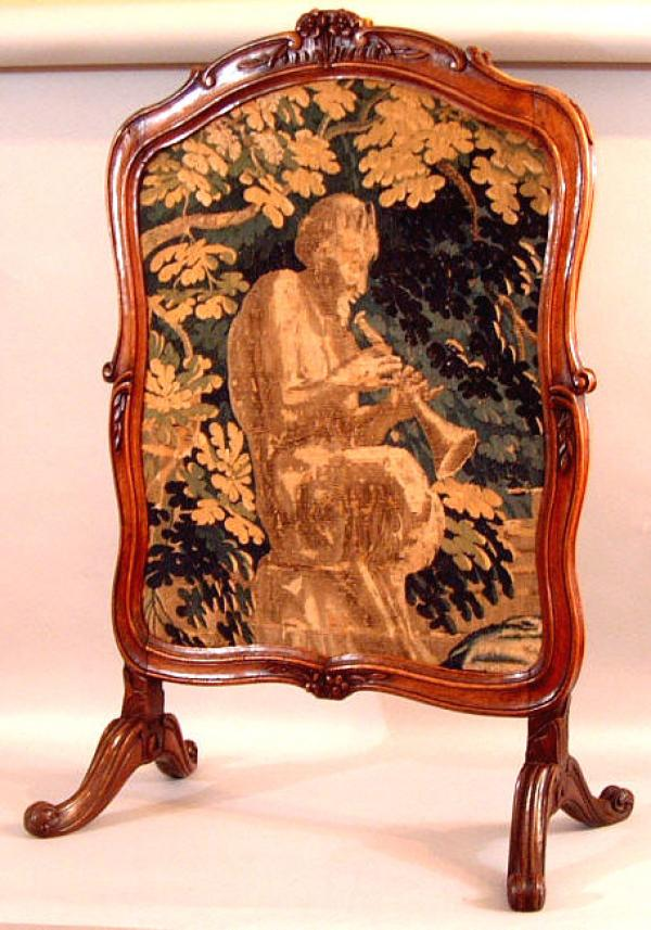 period french louis xv walnut fire screen c1770. Black Bedroom Furniture Sets. Home Design Ideas