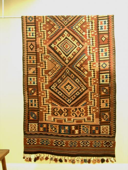 Vintage Turkish Kilim or Killim floor rug c1950