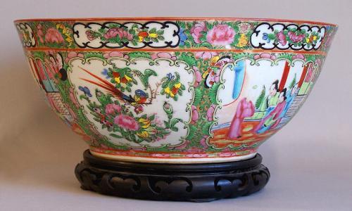 Chinese Porcelain Rose Medallion Punch Bowl c1890