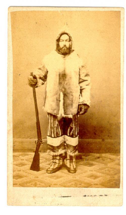 Carte de visite photograph of woodsman hunter mountain man