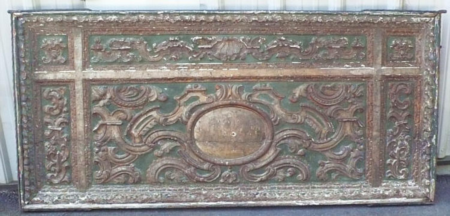 Renaissance carved wood panel with scenic medallion