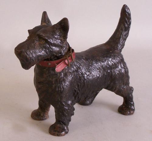Antique Scottish Terrier or Scottie cast iron Hubley dog doorstop