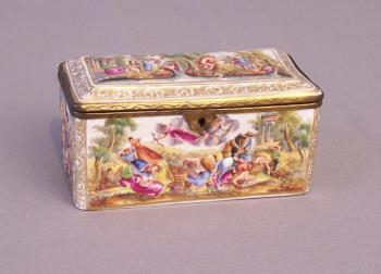 Image of Capo di monte hand painted porcelain hinged box
