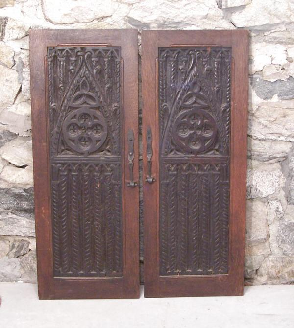 Price my item value of pair 16th century renaissance for R value of old wood garage door