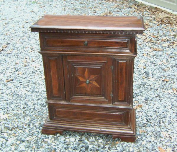 continental walnut pre dieu cabinet with drawer c1700. Black Bedroom Furniture Sets. Home Design Ideas