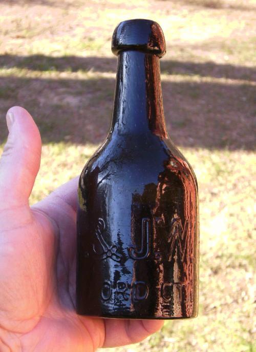H L J W Brown Hartford CT soda bottle c1860