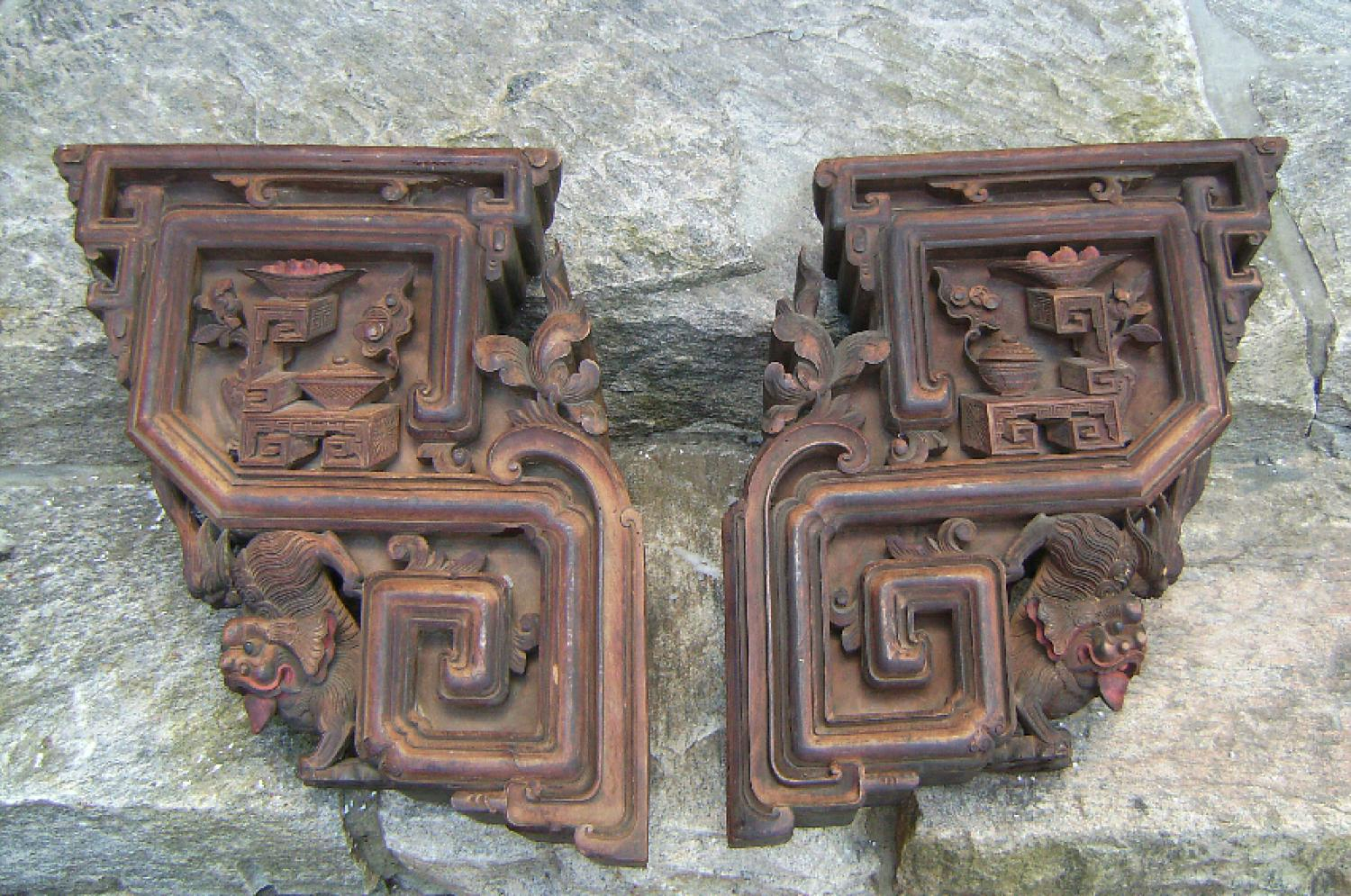 Pair of Chinese corbels with foo dogs and pagodas c1800
